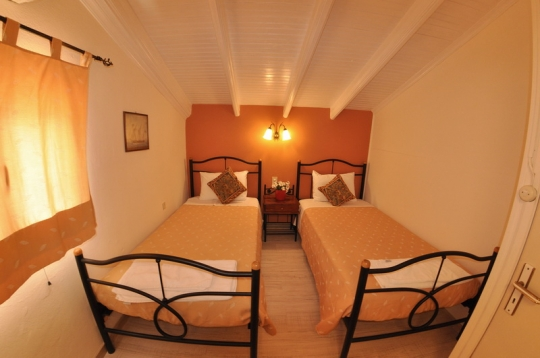Accommodation 10